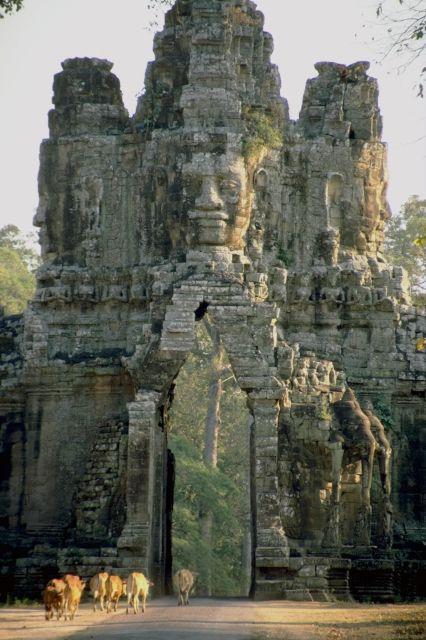 Angkor gateway.